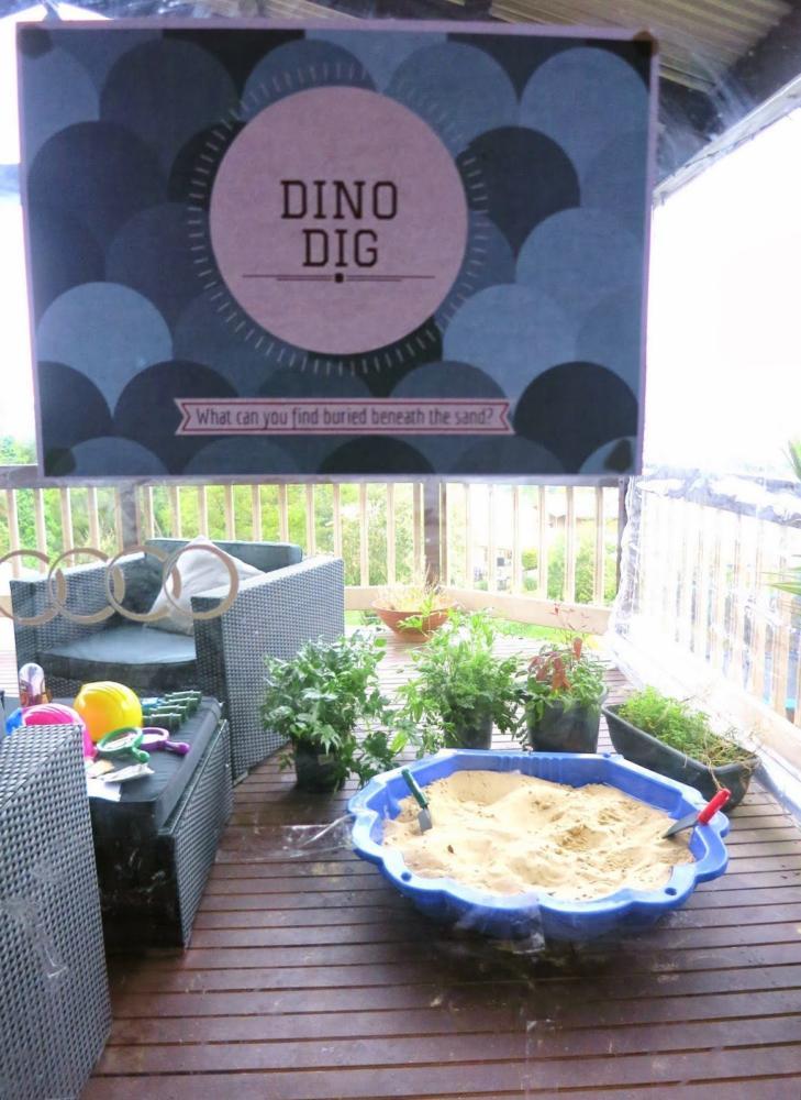 Dinosaur Craft Dig