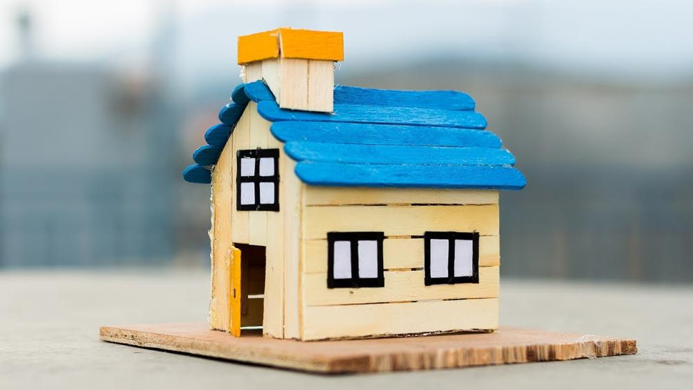 11 Gorgeous Popsicle Stick House Miniatures You Wish They're Real