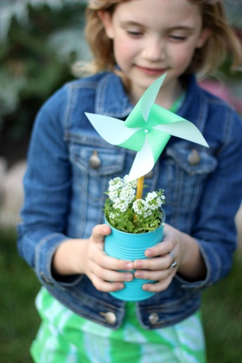 easy pinwheel craft for preschoolers