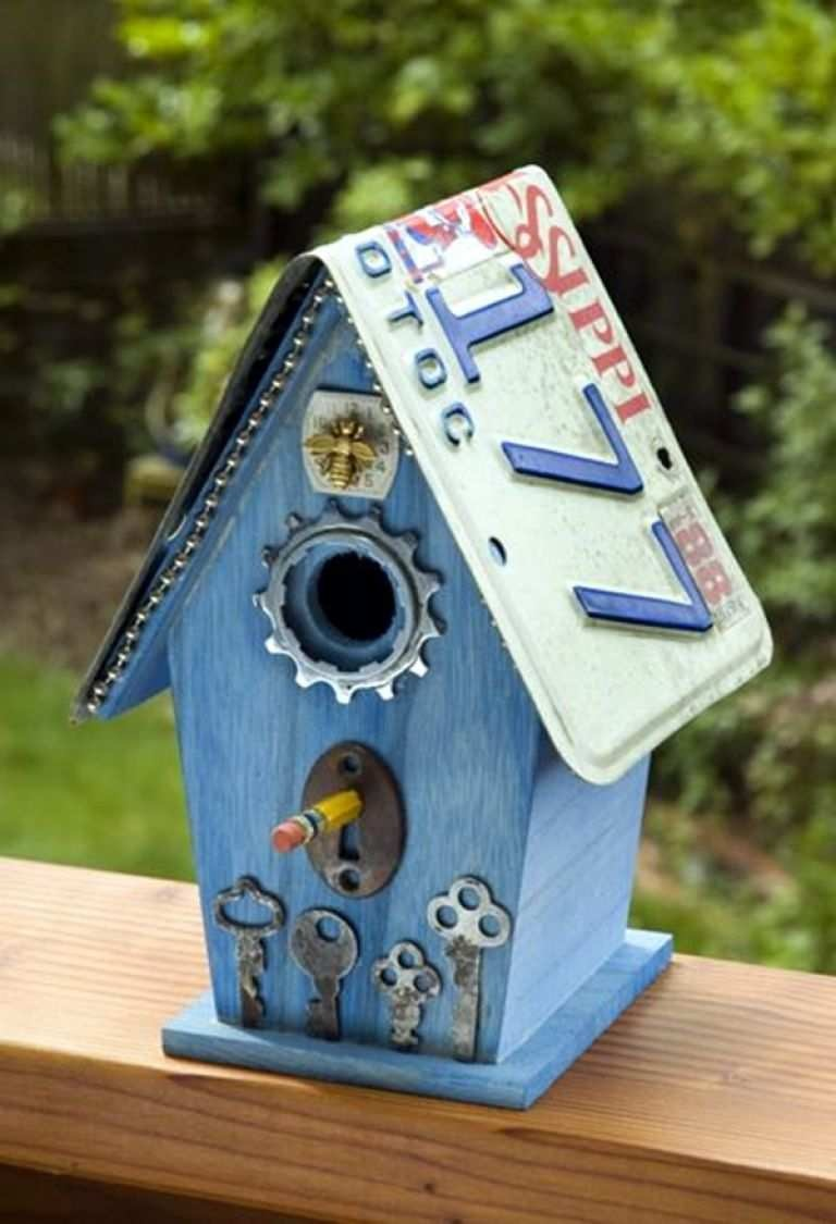 bird house bar