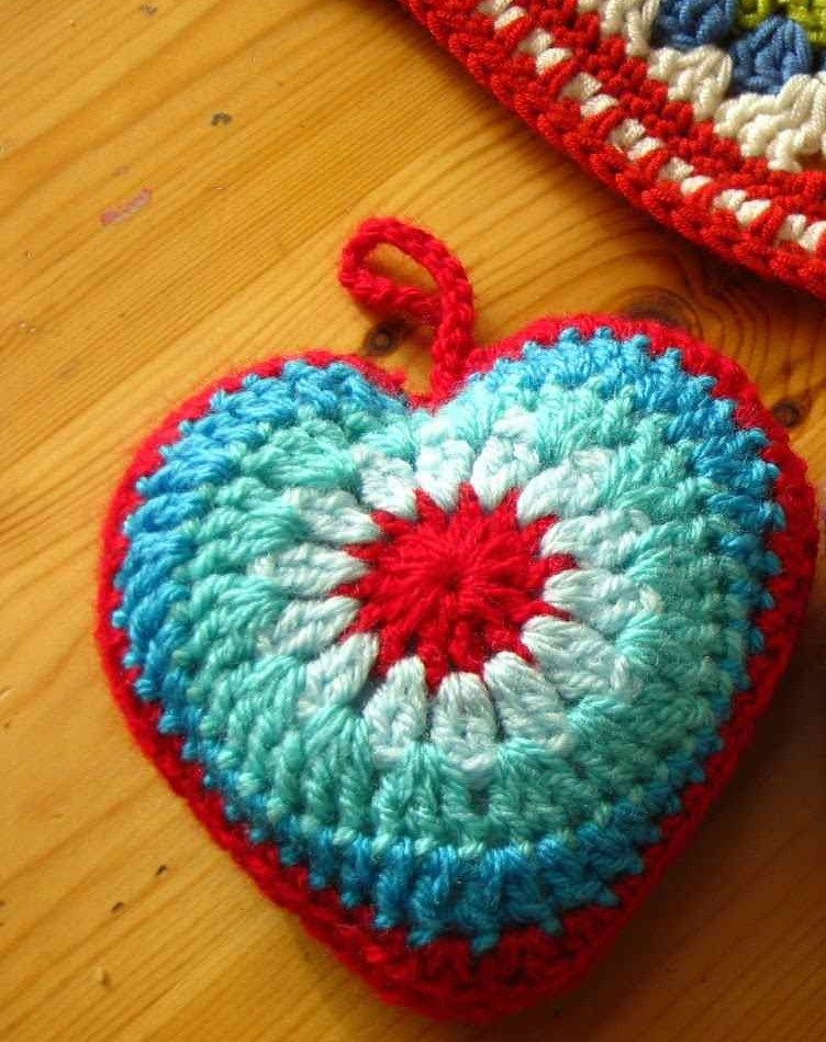 crochet heart bobble pattern