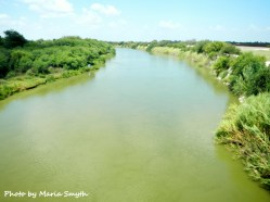 Do you see the 2 people standing midway on the Mexican side of the river? Hmm wonder what they were thinking?