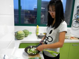 Xiaopei - Our little Xiaopei is definitely not a cook. She can cut and chop mostly she's in charge of keeping the kitchen orderly. Some of the kitchen pictures we've taken have been used as proof for her mother that she does indeed help in the kitchen. Ha!