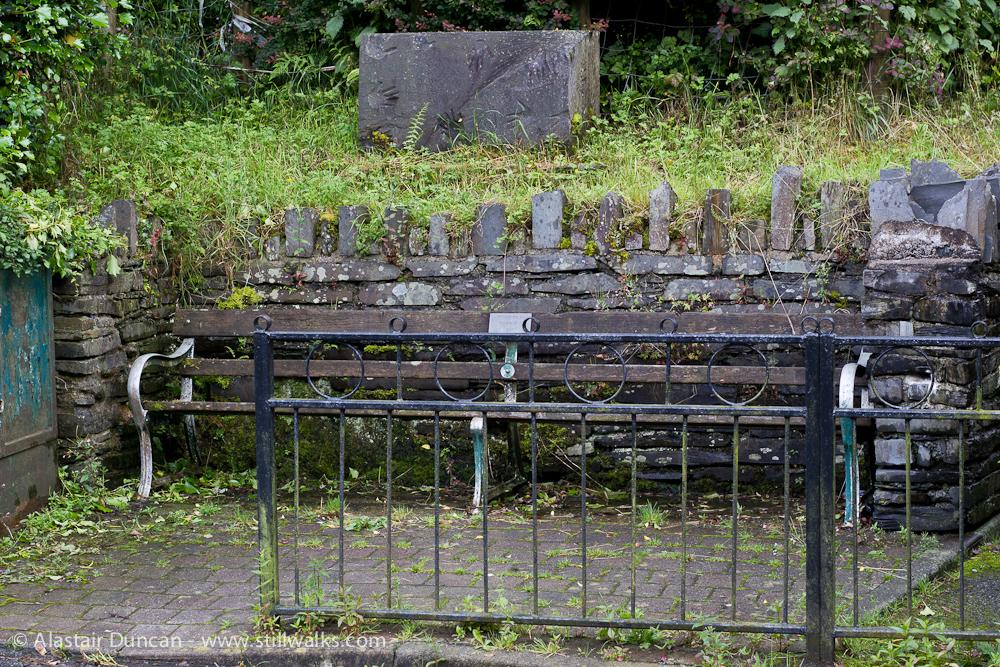 Corris bench
