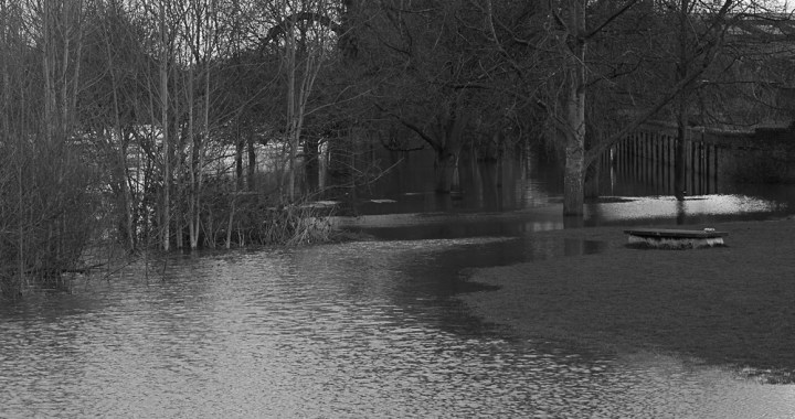 Ouse overflow - monochrome
