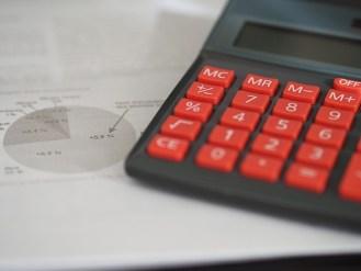Калкулатор и счетоводни документи