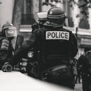 Rassistische Polizeigewalt in Frankreich – ein weitverbreitetes Phänomen
