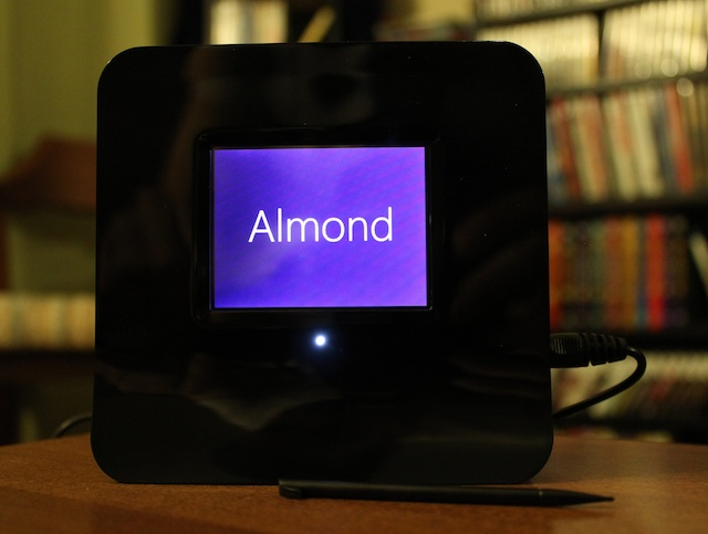 The Securifi Almond: The World's First Touch Screen N Router + Range Extender