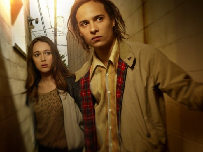 Fear-The-Walking-Dead-Alicia-and-Nick