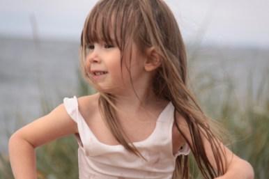 Emmy vid stranden
