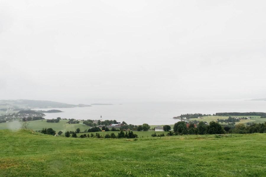 Sammen med pappa og Mikael har jeg kjørt Den gyldne omvei på Inderøy, som er full av gårder og steder du kan besøke. Jeg var seff mest interessert i maten.