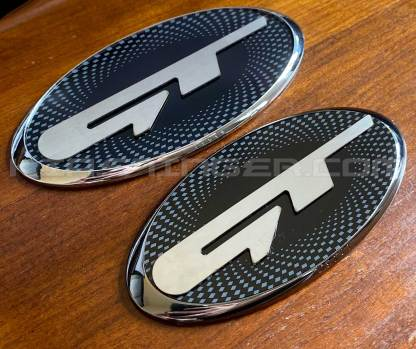 oval gt badge emblem checkered