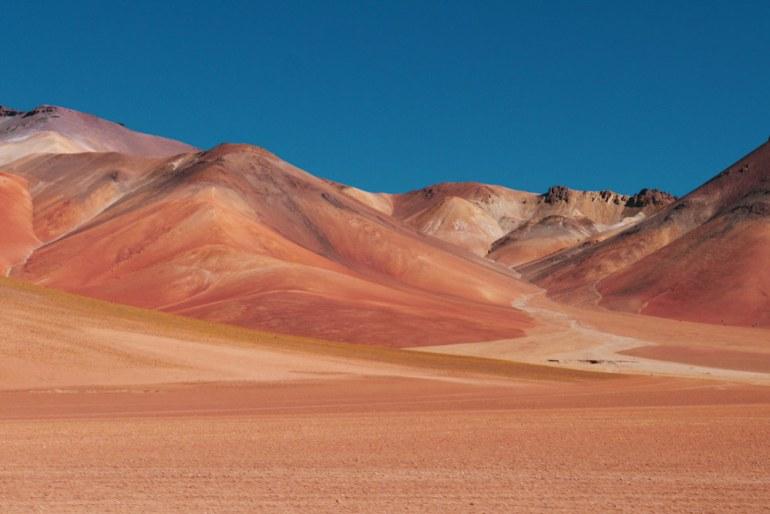 dali-desert stingy nomads