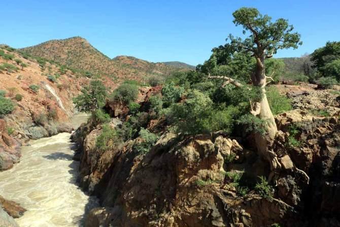 Cunene river, Epupa Falls