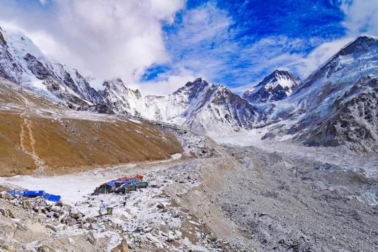 View of Gorak Shep and the mountains around