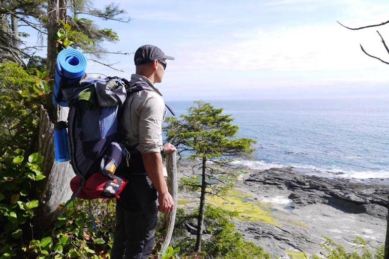 hiking juan de fuca trail vancouver island