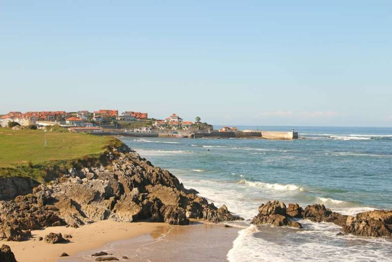 Nice sunny weather on the Camino del Norte in October