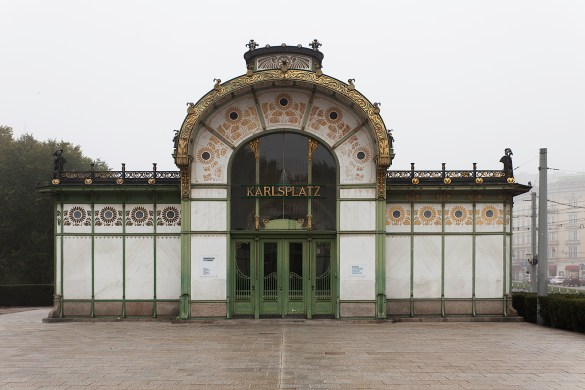 The original Karlsplatz station is unusual for its time as it consists of a steel framework with marble slabs mounted on its exterior