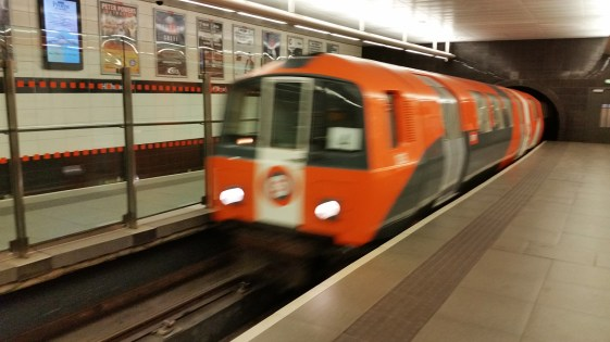 glasgow-subway-by-cell-phone-2016-08-19-19-42-49