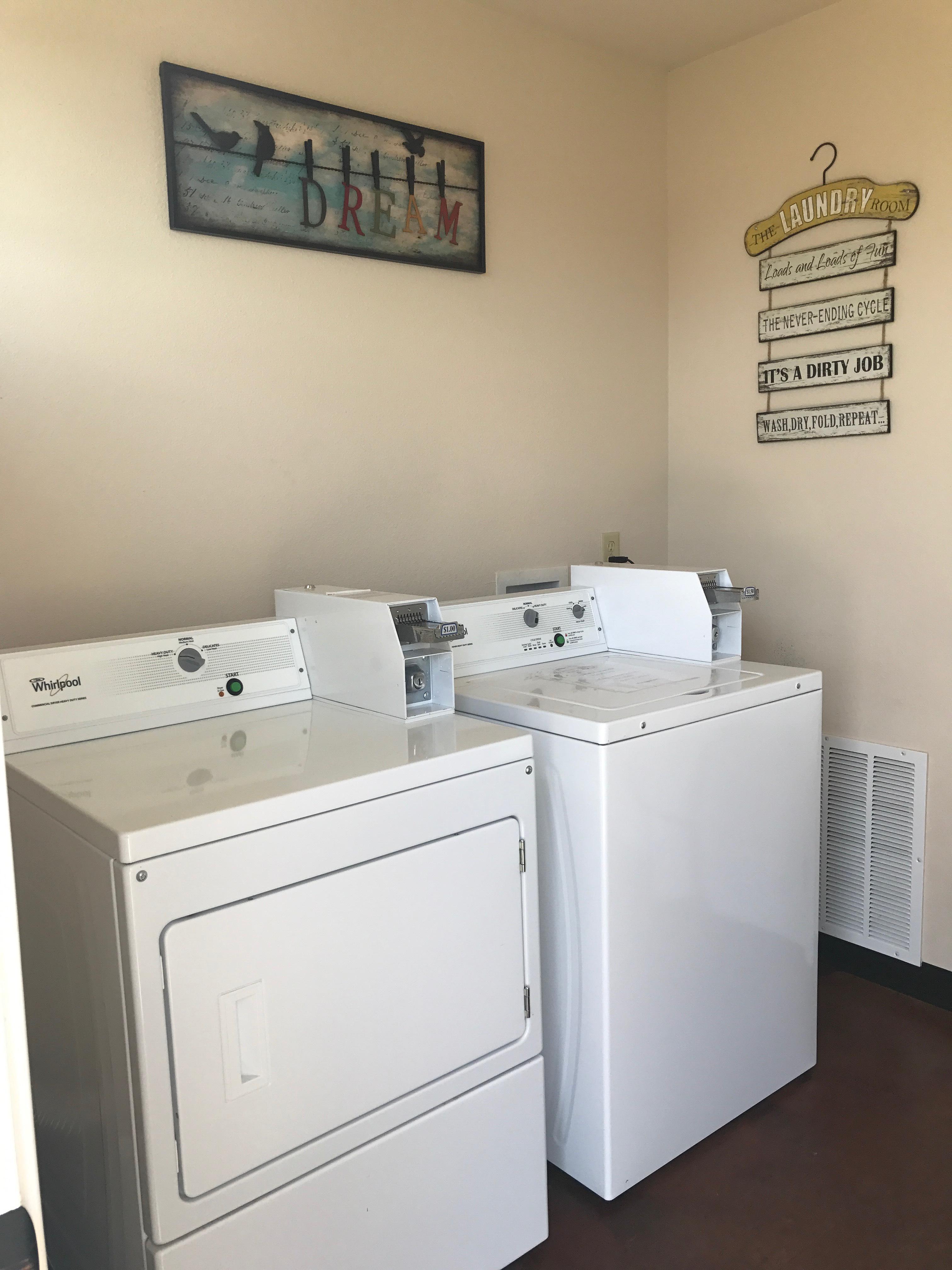 RV Park Laundry Pic 1