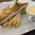 Kastenmeiers: Mittagsfisch mit Begleitung