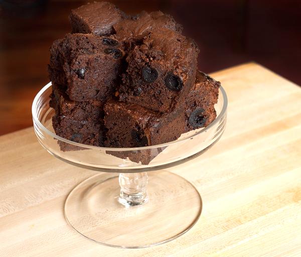 Angostura Brownies // stirandstrain.com