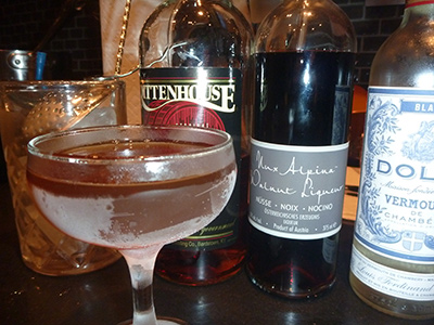 Upper East Sider Cocktail MxMo Roundup // stirandstrain.com
