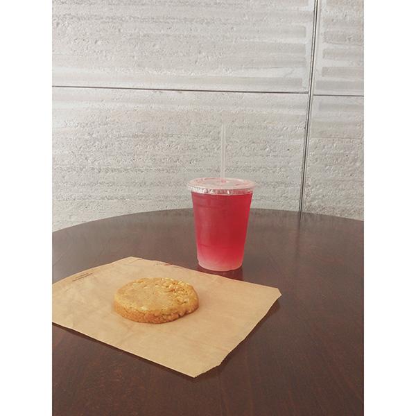 Monday Booze News Summer Drinks // stirandstrain.com