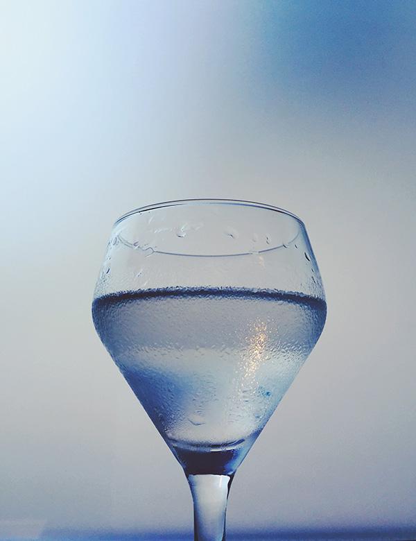 Monday Booze News: Martini Time // stirandstrain.com