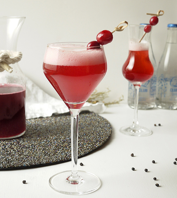 Cranberry Black Pepper Shrub Cocktail // stirandstrain.com