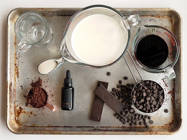 Amaro Hot Chocolate // stirandstrain.com
