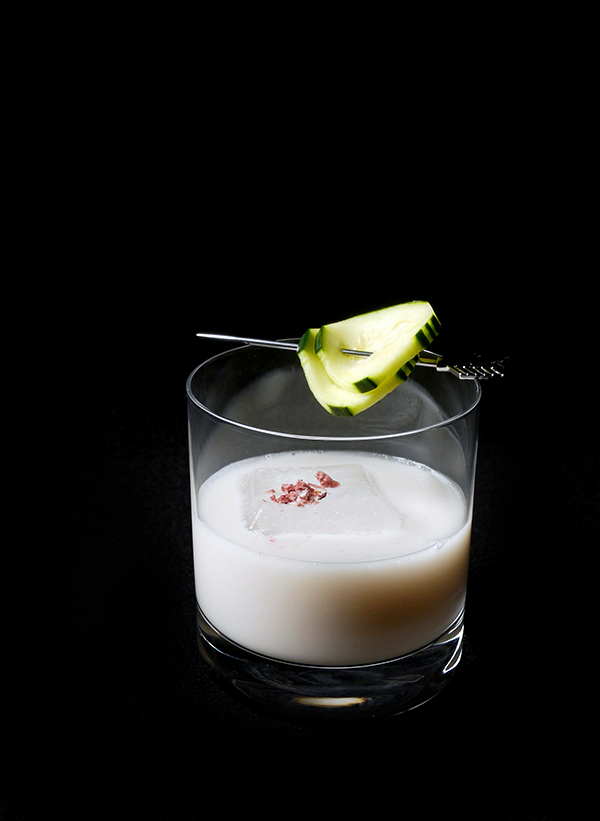 Cucumber Seas Cocktail with Thatcher's Organic Cucumber Liqueur // stirandstrain.com