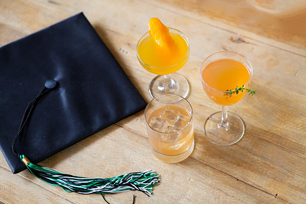 Giveaway: Summer Scotch Box Cocktail Kit // stirandstrain.com