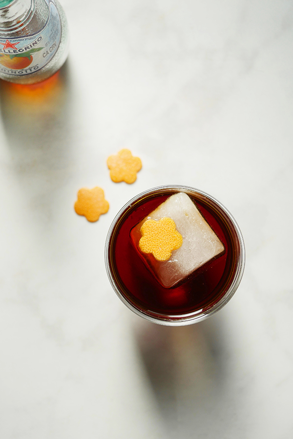 The Negroni Nero Cocktail // stirandstrain.com