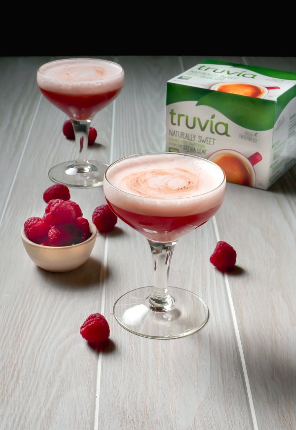 Raspberry Pisco Sour with Truvia // stirandstrain.com