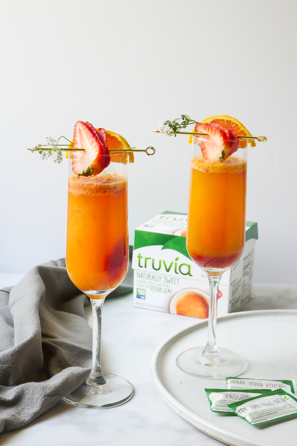 Truvia Strawberry Orange Mimosa // stirandstrain.com