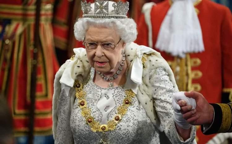 Singura lege pe care Regina are voie să o încalce de câte ori își dorește