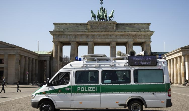 Germania redeschide treptat frontierele. Din 15 iunie cetățenii vor putea călători liber în Europa