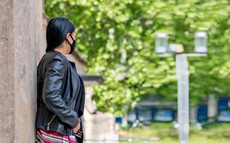 """Antonia, o prostituată româncă din Germania, primește 4.500 de euro """"ajutor de urgență"""" din cauza pandemiei. """"Trimit bani familiei"""""""