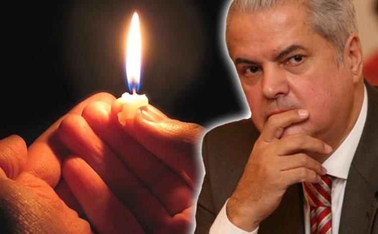 Adrian Năstase , veste extrem de tristă : 'Am aflat , cu profund regret , trecerea sa în neființă !'