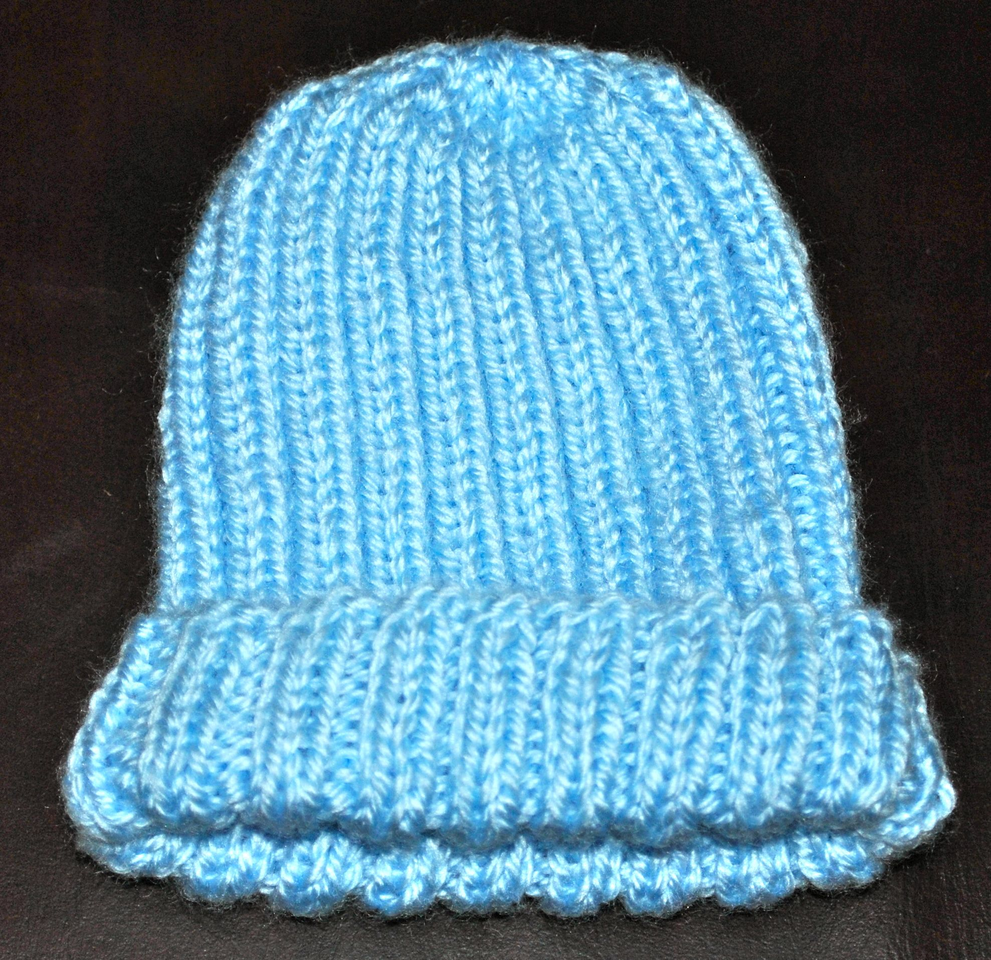 Newborn Beanie Knitting Pattern : Knitted Baby Beanie Stitch4eveR