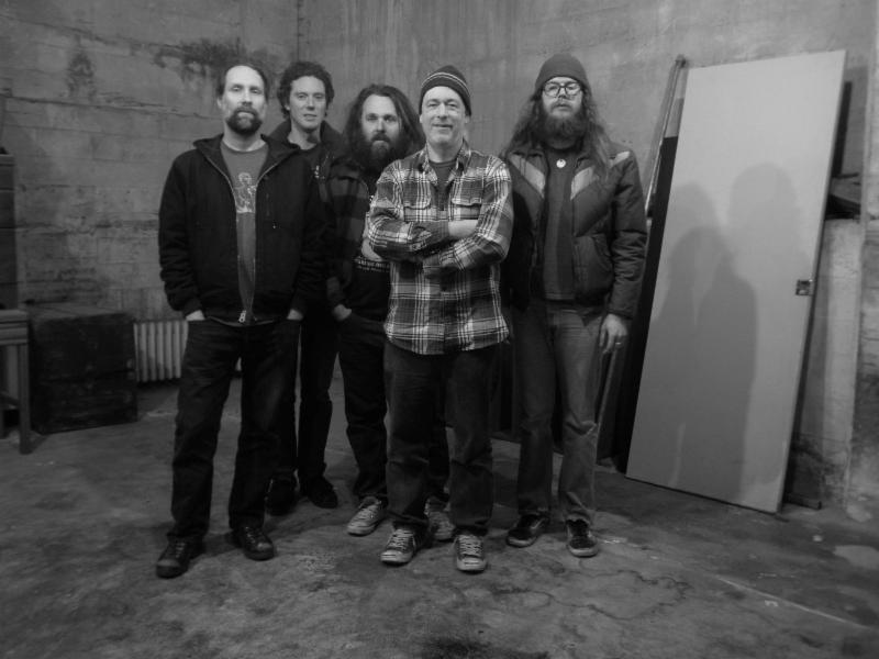 Built To Spill to tour in May