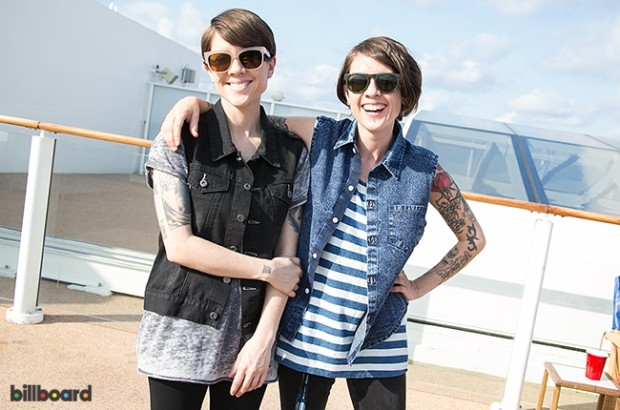 18-tegan-and-sara-interview-parahoy-2014-650-430