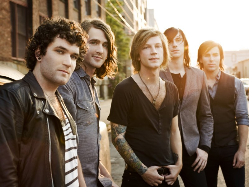"Mayday Parade release ""Let's Be Honest"" music video"