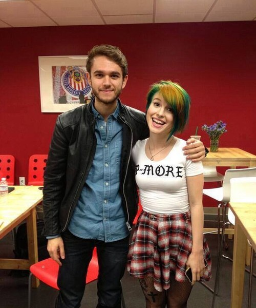 Zedd and Hayley Williams Win MTV Clubland VMA