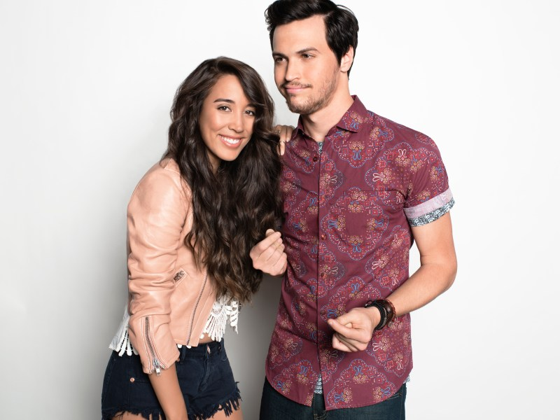Exclusive Sneak Peek: Catching Up With Alex and Sierra