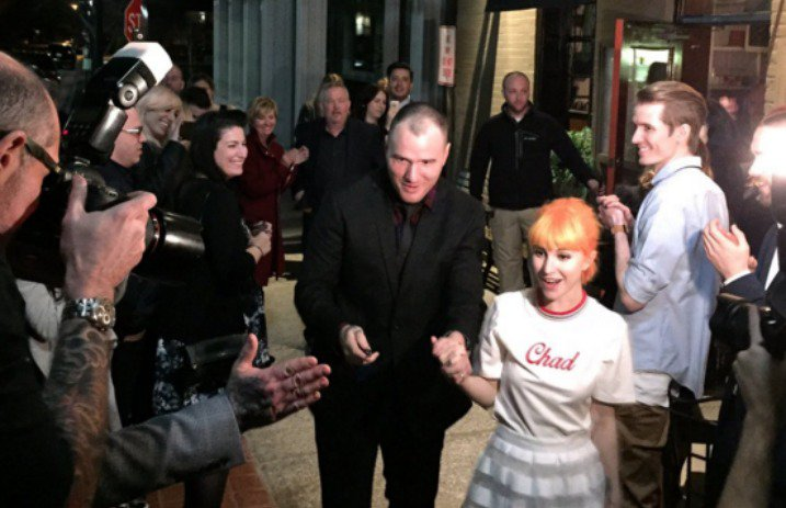 Hayley Williams and Chad Gilbert Marry in Tennessee