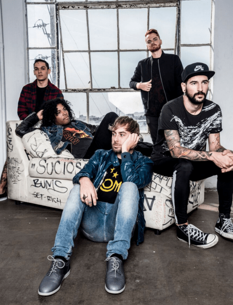 """Issues release new song """"Blue Wall"""""""