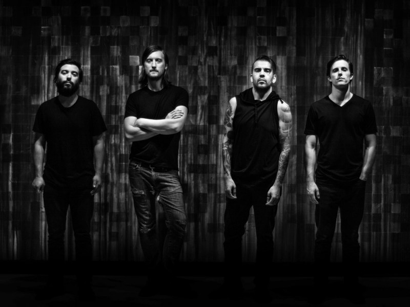 "Silver Snakes release ""La Dominadora"" music video"