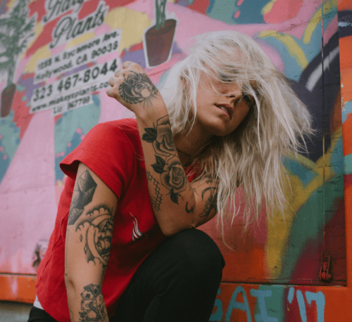 "Lauren Sanderson Releases Video For   ""SHUT EM UP"""
